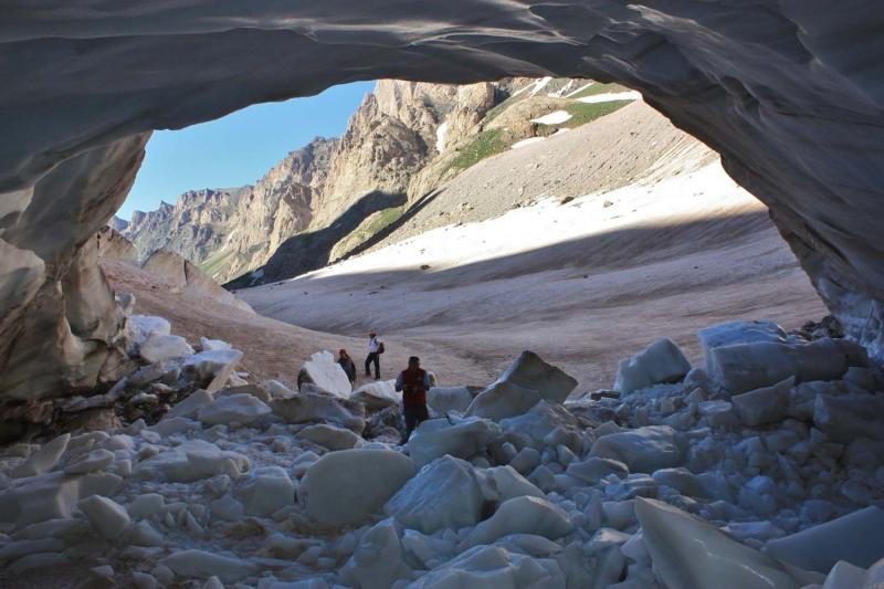 Türkiye'nin en büyük buzulu eriyor (Hacı Tansu) (6).jpg