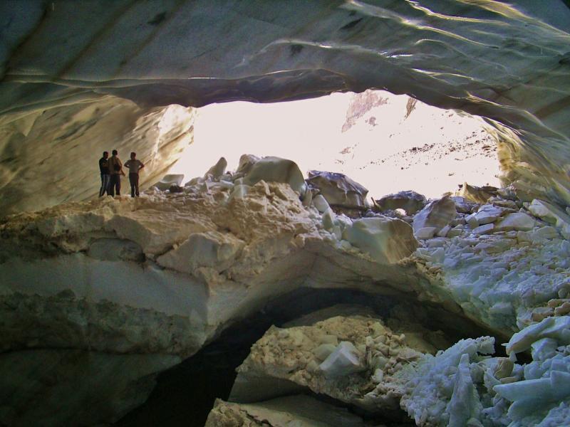 Türkiye'nin en büyük buzulu eriyor (Hacı Tansu) (10).jpg