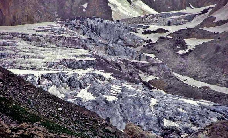 Türkiye'nin en büyük buzulu eriyor (Hacı Tansu) (14).jpg
