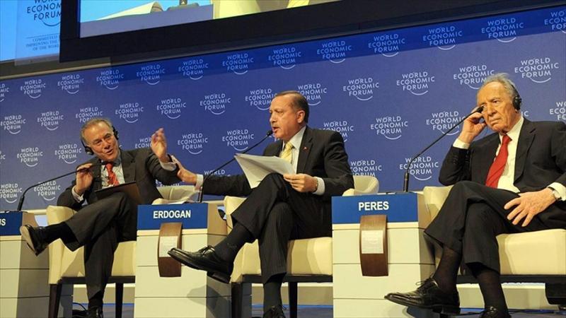 R. Tayyip Erdoğan Davos'ta Cumhurbaşkanı Şimon Perez'in yüzüne  İsrail  katil devlettir demişti. .jpg
