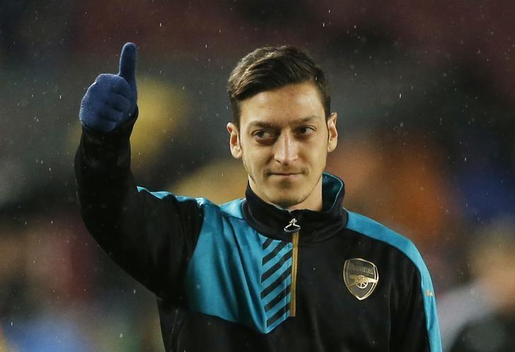Mesut Özil-Reuters4.jpg