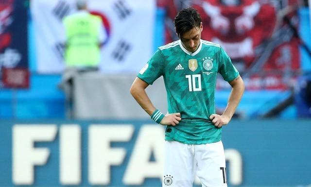 Mesut Özil-Reuters6.jpg