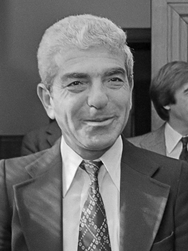 Filistinli siyasetçi ve diplomat İsam Sartawi, İsrail tarafıyla gizli diyalog yüzünden katledildi.jpg