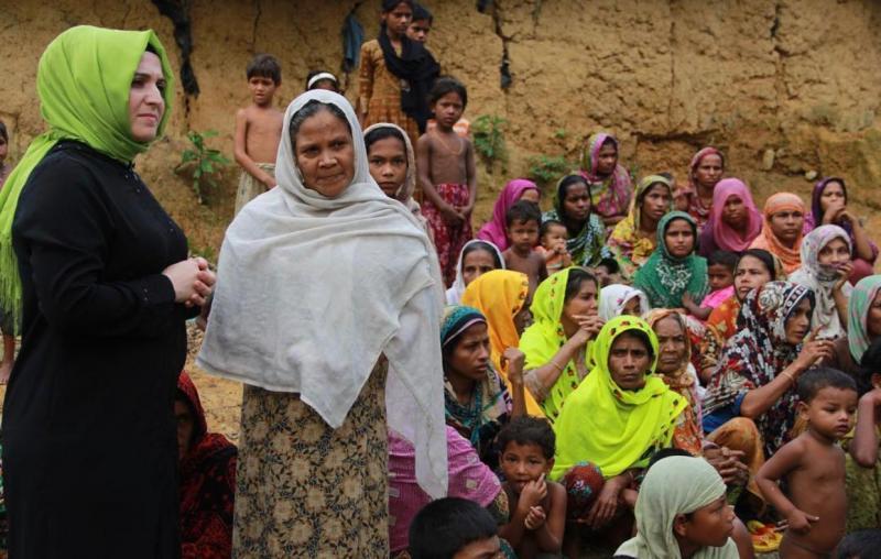 Khutuphalong Kampı - Rohingyalı Müslüman Kadınlar.jpg