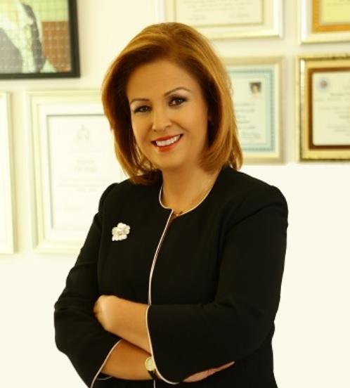 Prof. Dr. Elif Dağlı elifdagli.com