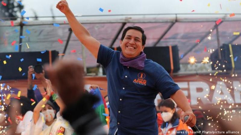 Andres Arauz Dolores Ochoa AP.jpg