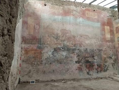http___cdn.cnn_.com_cnnnext_dam_assets_210225053144-03-pompeii-fresco.jpg