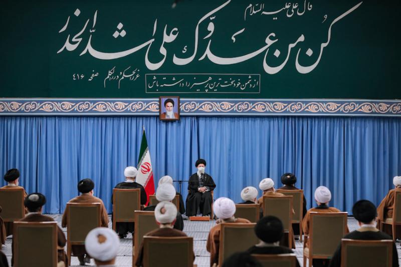 Ali Hameney-Nükller programdan taviz vermeye karşı-kaynak-İran Basın Ofisi.png