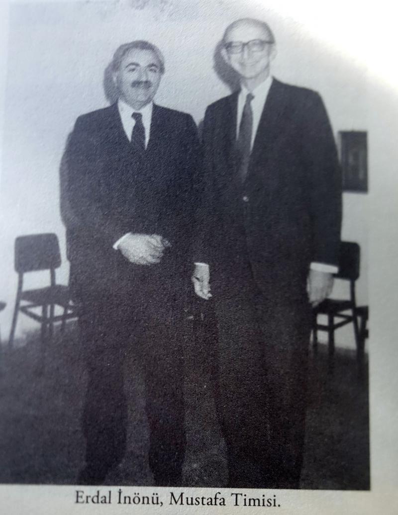 Erdal İnönü ve Mustafa Timisi.jpg