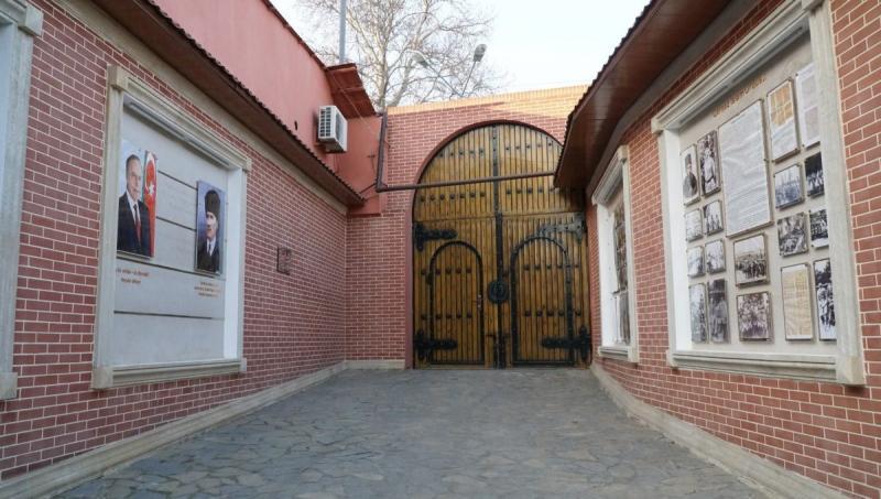 TİKA tarafından Gence'de restore edilerek müzeye dönüştürülen, Nuri Paşa'nın kaldığı ve karargâh olarak kullandığı ev..jpg