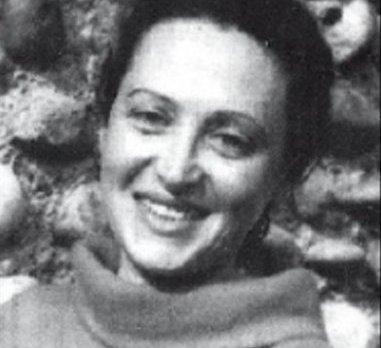 Cezayir'de mücadele eden Fransız komünist  kadın Jacqueline Guerroudj.jpg