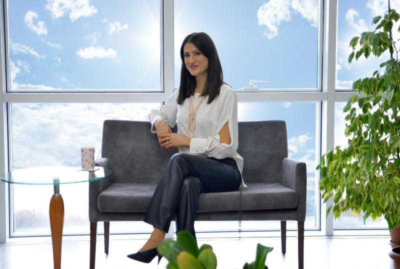 Uzm. Klinik Psikolog Burcu Yarapsanlı Zayim Mutlu Yaşam Psikoloji.jpg