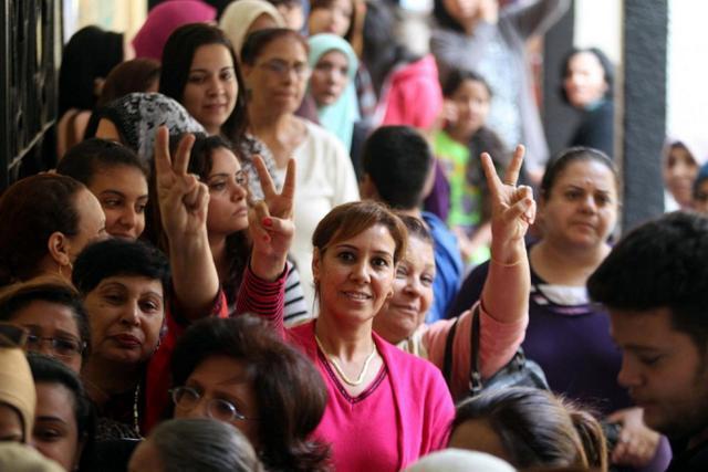 Mısırlı kadınlar, zor zamanlarda toplumun yıkılmaz kalesi gibiler-fotoğraf-AFP.jpg
