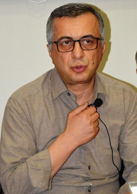 prof-dr-mehmet-azimliislmin-savas-ahlkina-dunya-henuz-ulasamadi9084abccc9eec8b3087a.JPG