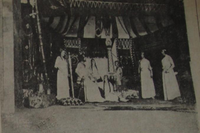 """İstanbul Şehir Tiyatrosu'nda """"Akın"""" piyesinin temsilinden bir görüntü.jpg"""