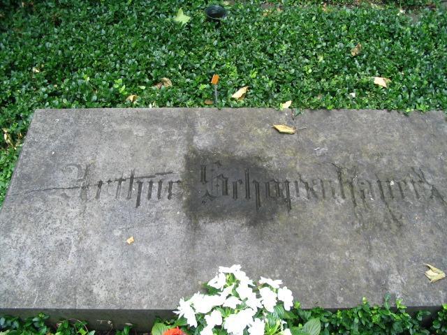 Arthur Schopenhauer, Frankfurt Şehir Mezarlığı.jpg