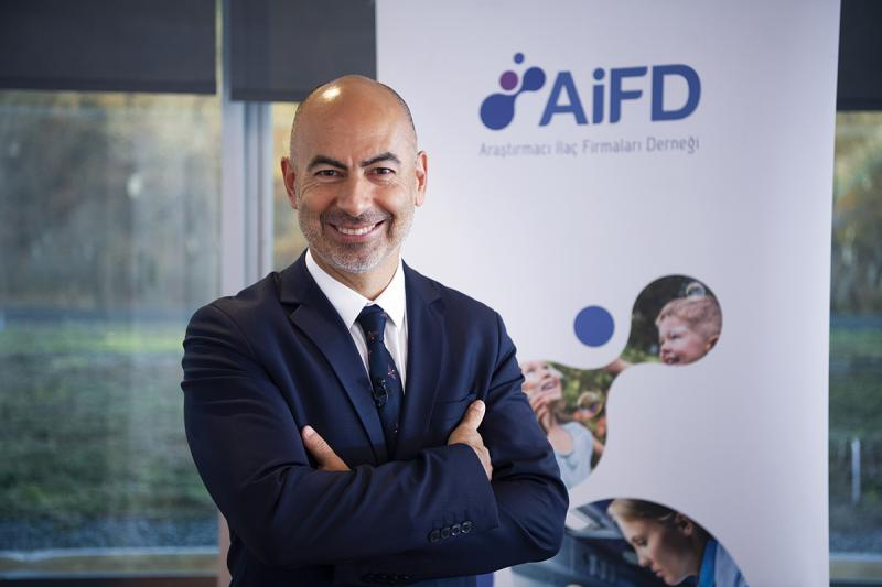 AIFD_Genel_Sekreteri_Dr_Umit_Dereli_Foto_2.jpg