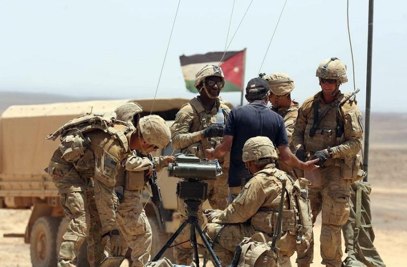 Amerikan ve Ürdün askerleri 2017 tarihli askeri manevrada-Batılı devletler, daimi  askeri ve siyasi müttefiki sayar-fotoğraf-independent arabia_.jpg