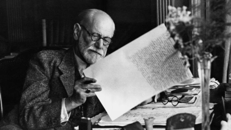 Sigmund Freud-.jpg