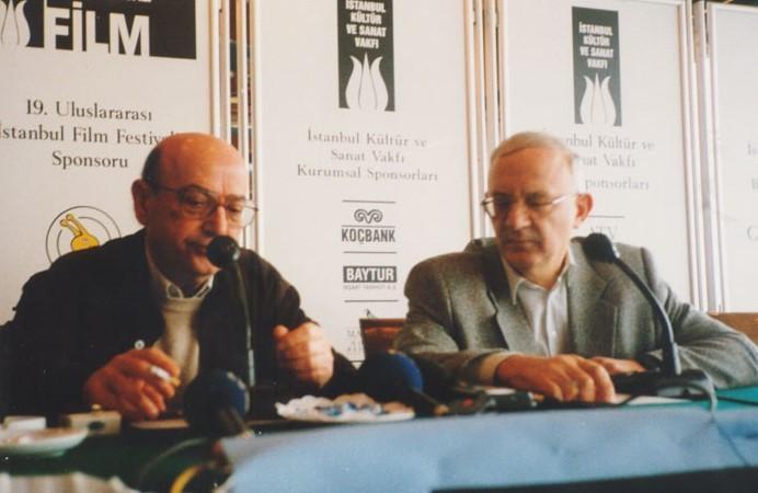Theodoros Angelopoulos, İstanbul Film Festivali'nde, 2000.jpg