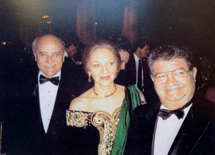 Cumhurbaşkanı Turgut Özal, Jak Kamhi ile birlikte.jpg