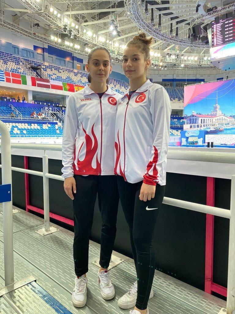 Elif-Sıla-Cimnastik Federasyonu1.jpg