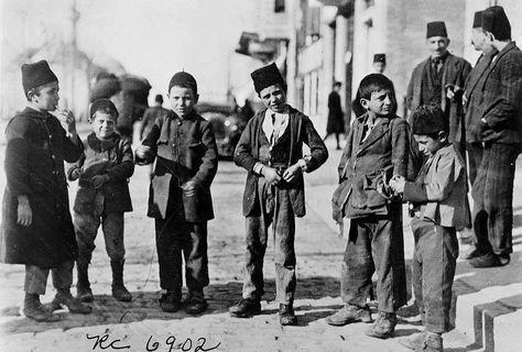 Osmanlı'da çocuk olmak.jpg