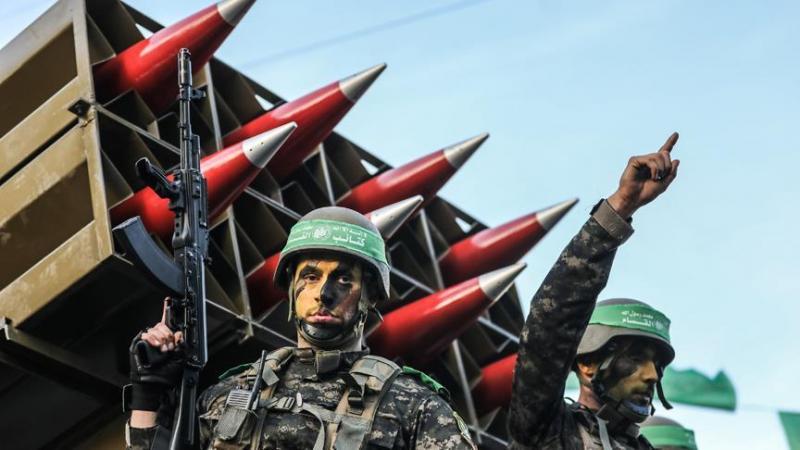 El Kassam Tugayları, roketler eşliğinde  geçit töreni-foto-Anadolu Ajansı.jpg