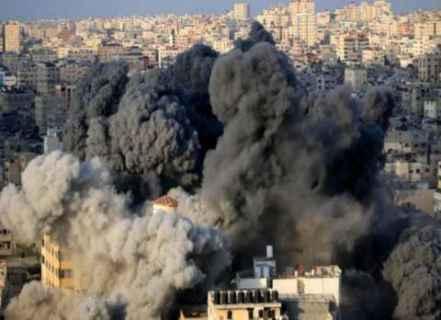 İsrail uçaklarınca bombalanan Gazze.jpg
