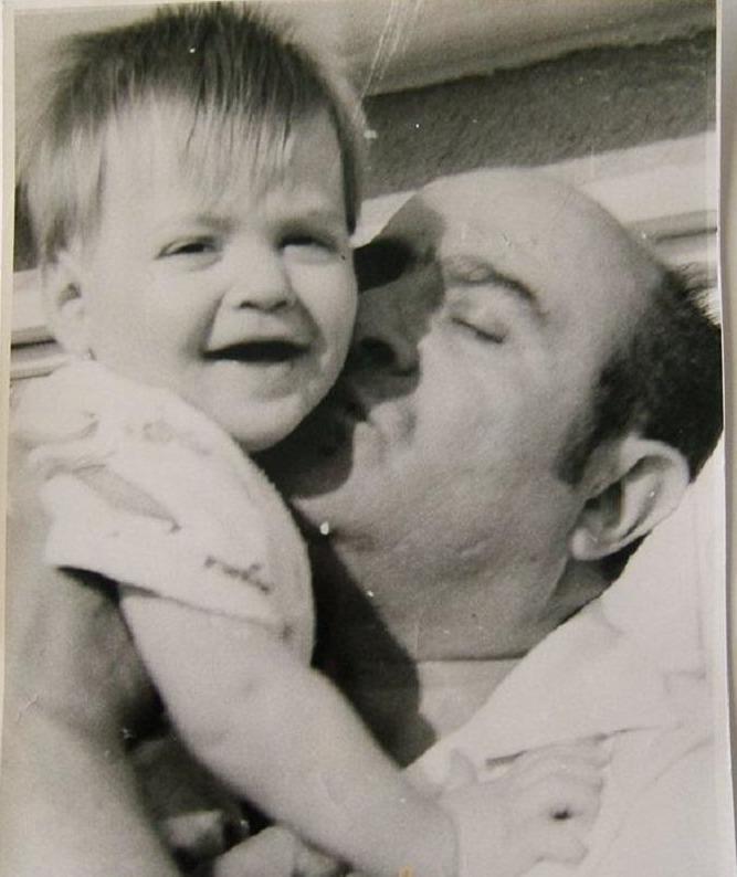 Oğlu Filinta ile.jpg