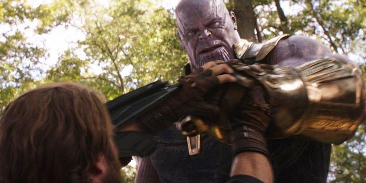 Thanos-fighting-Captain-America.jpg