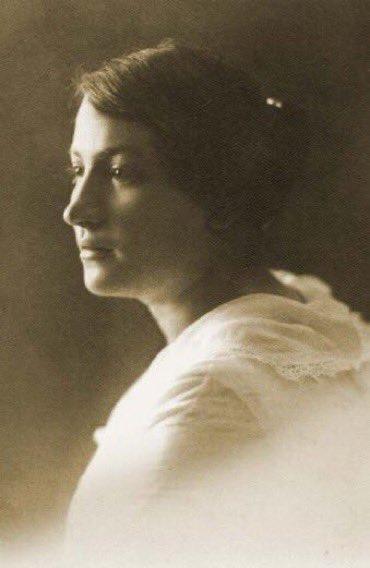 Osmanlıya karşı İngilizlerle çalışan Yahudi casus şebekesi sorumlusu Sarah Aaransohn.jpg