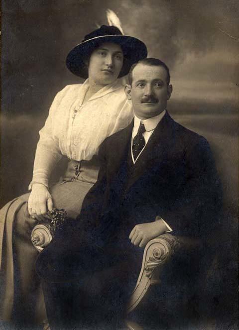 Sara Aaronsohn ile tüccar eşi Haim Avraham-kaynak (Jewish Women's Achive) .jpg