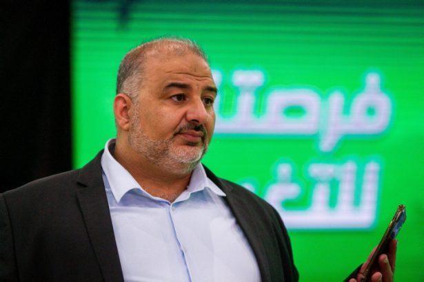 İhvancı RAAM Partisi başkanı Mansur Abbas, Netanyahu ile işbirliğine hazırdı ama seçimi kazanan yeni İsrail hükümetini destekledi. Fotoğraf, Flash90.jpg