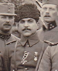 Cemal Paşa ile birlikte çalışan Yasin El Haşimi, sadık bir Osmanlı komutanı diye biiniyordu. .jpg