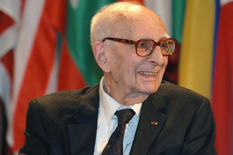 Fransız Antropolog Claude Levi Strauss, 2005.jpg