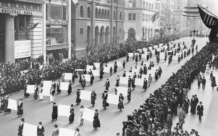 Yıl 1917,Amerika'da kadın gösterisi-kaynak, Pandora kaydı, 2.jpg