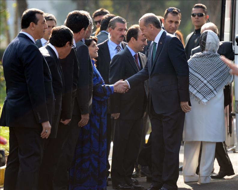 Erdoğan'ın Diyarbakır ziyareti, eski görüntüleri hatırlattı ama tartışmalara da yol açtı.-fotoğraf-İbrahim Yakut, AA .jpg