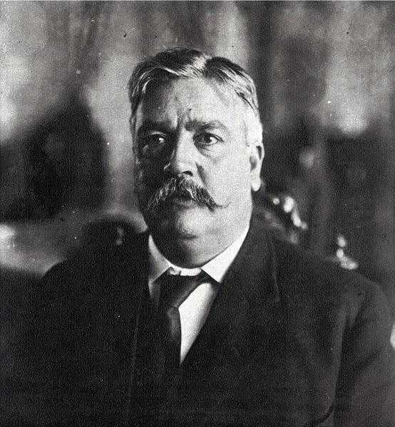Abraham González.jpg