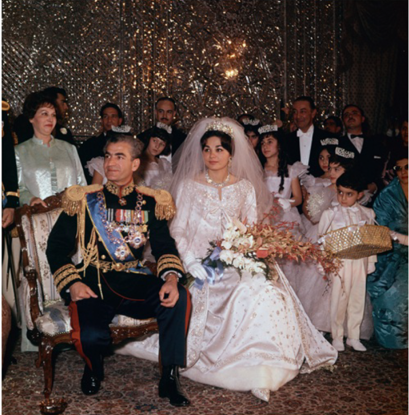 Farah Diba ve Şah Rıza.png