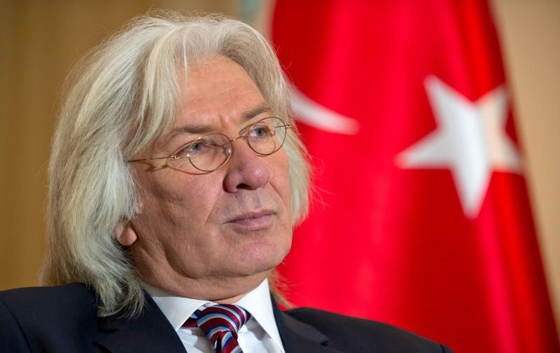 Hüseyin Avni Karslıoğlu.jpg