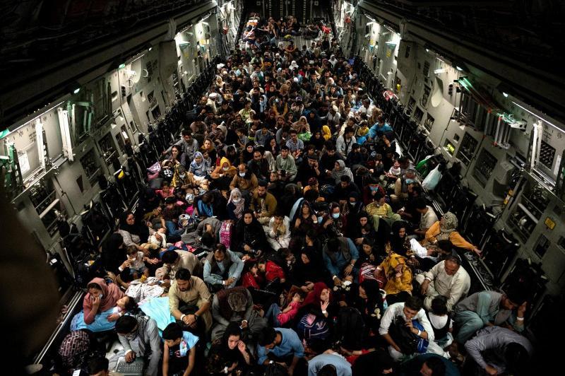 Afgan sivillerin Amerikan uçaklarıyla tahliyesi- kaynak, PENTAGON.jpg