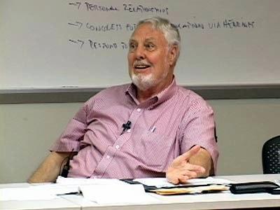 Amerika'nın dördüncü kuşak savaş teorisyeni Max G. Manwaring, .jpg