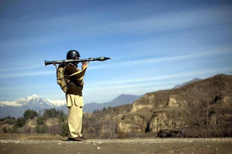 Pakistan-Afganistan sınırında bir görünüm-Reuters.jpg