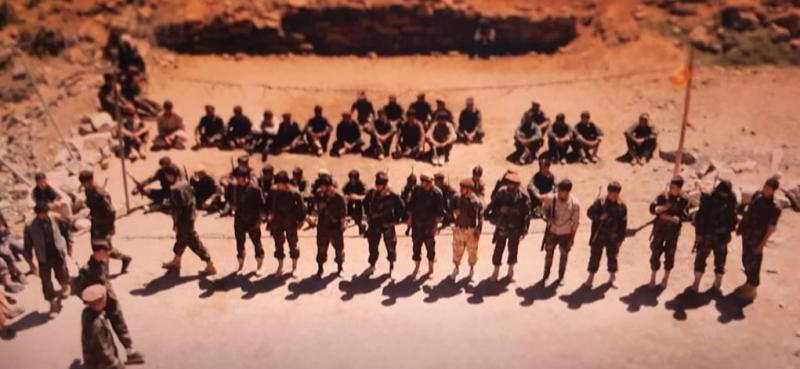 Taliban muhalifi asker ve milisler, Pençşir'de eğitim alıyorlar.jpg