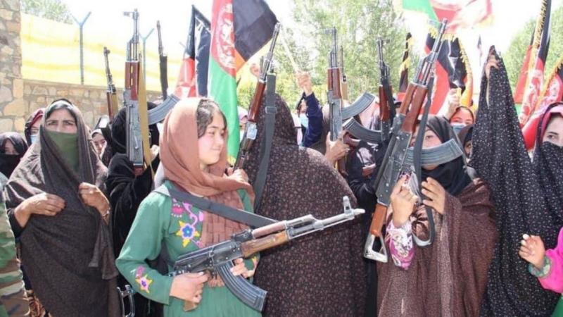 Afgan kadınların Taliban'a karşı eski protesto mitingi-Reuters.jpg