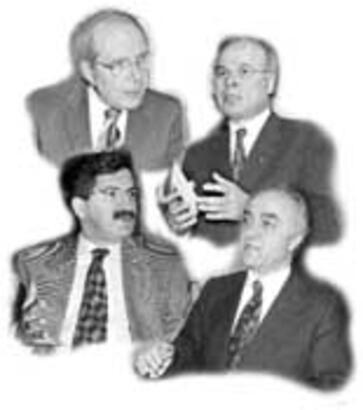 Aydın Güven Gürkan, Ercan Karakaş, Fikri Sağar ve Seyfi Oktay, Deniz Baykal yönetimini eleştirdiler. Kaynak, Miliyet, 22 Mayıs 1998. .jpg