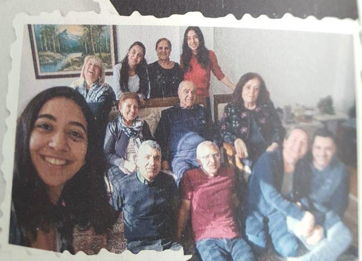 Seyfi Oktay ve ailesi.jpg