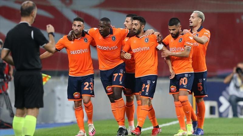 Başakşehir-AA.jpg