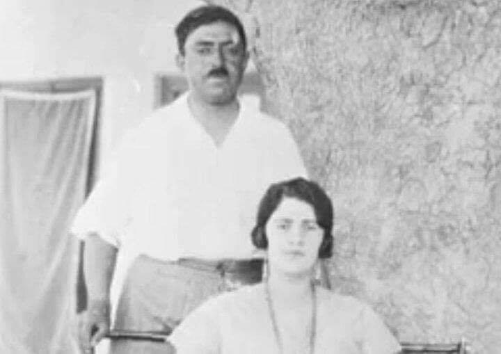 Kral Emanulllah ile eşi Süreyya.jpg